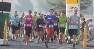Athletes support cancer victims with 5K