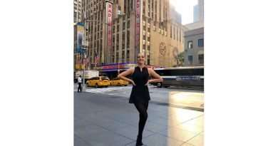 Local Kickette trains with NYC Rockettes