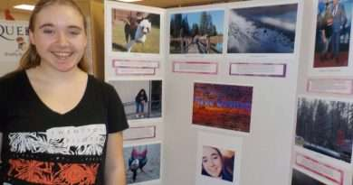 Students show off photography, Photoshop skills