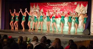 J&J Performing Arts' Christmas Extraordinaire kicks off the holiday season this weekend